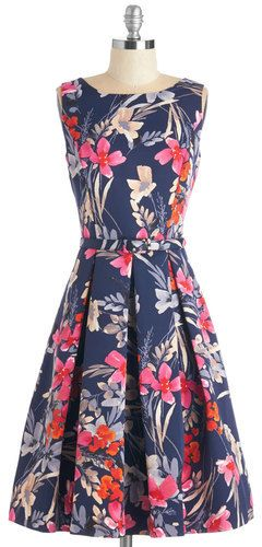 Eliza J /G-lll Apparel Group Elegant Expectations Dress