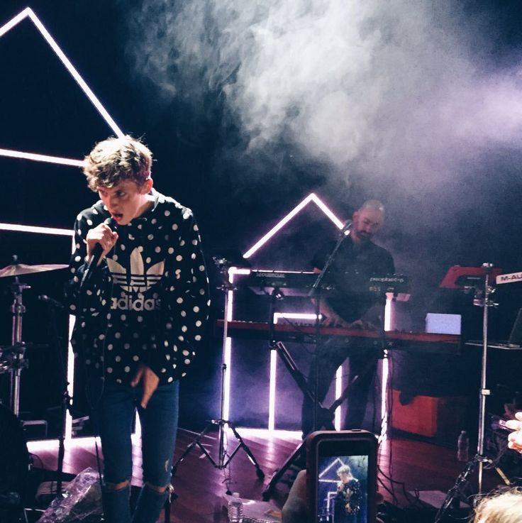 Wish i could see him in concert!! Btw check out troye sivan's live performance of for him on troye sivan vevo (YouTube). He did an amazing twist on the song without the rap and it made me cry #forhim. I love u troye!!!!