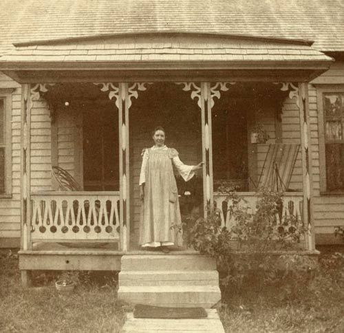 Laura on the porch of the house in Mansfield , Missouri .  --Photo from the collection of the Hoover Library (RWL #137)