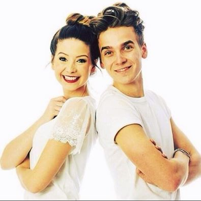 zoe and joe! Aww:)