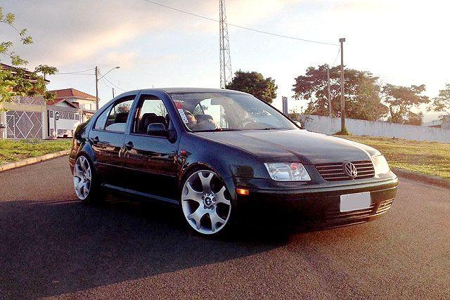 Bora 2001 com rodas aro 19 de X5