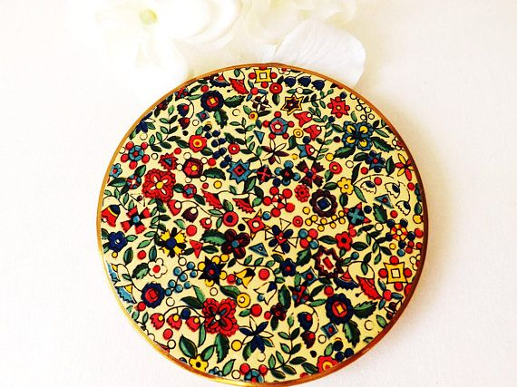 #Vogue #Vanities Loose Powder #Compact Mirror, Enamel Floral Decoration in Original Pouch, Ladies Vintage #Vanity Make Up Store, Gift for Mom