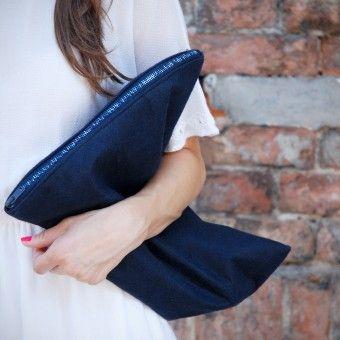 Torebka - Bag with an extraordinary zippper. Many different colors and materials. It can also be made in the laether. Dostępna również w wersji skórzanej. https://www.facebook.com/bagcyl