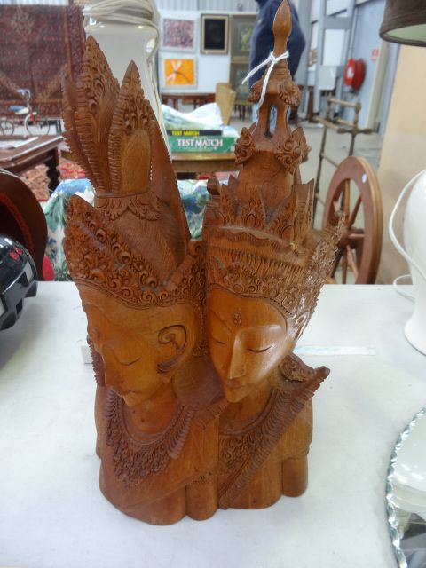 CARVED TWIN HEADS   [0357] [$30.00]
