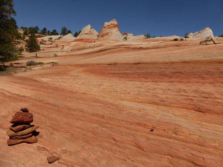 VoyageForum.com> Forum> Entre deux voyages> Carnets de voyage, textes de voyageurs> États-Unis. Itinéraire randonnée Canyons.