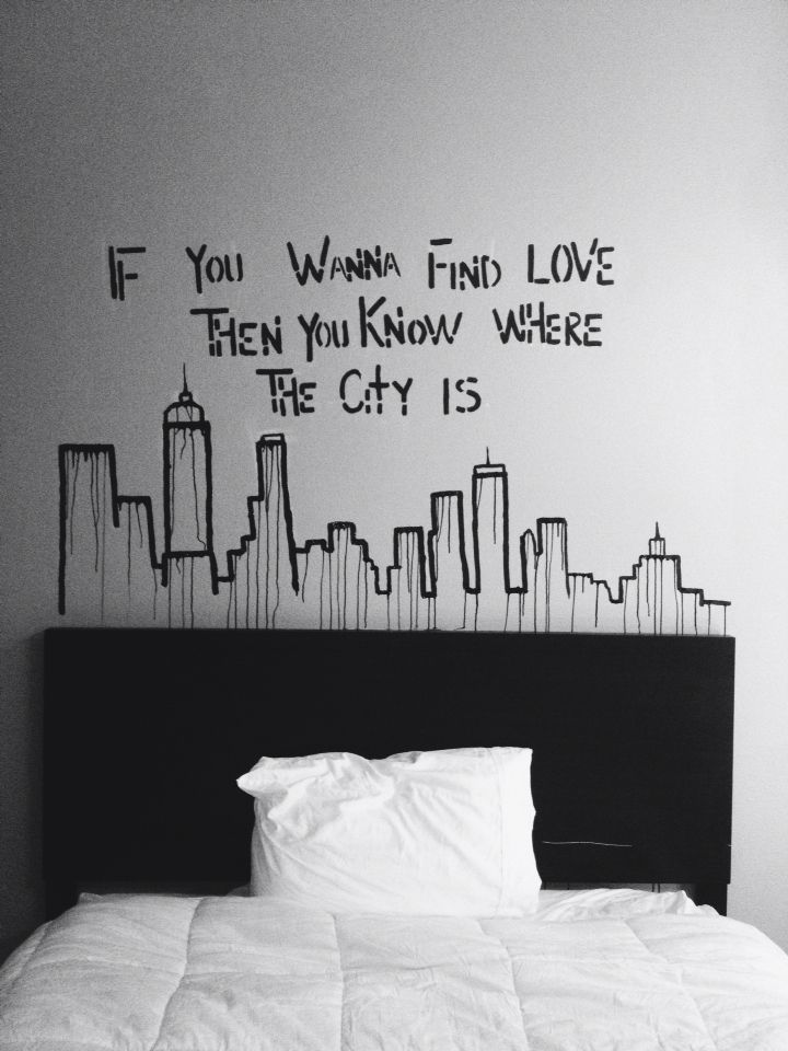 If you wanna find love, then you know where the city is #the1975