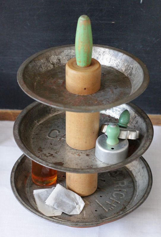 Up Cycled Pie Plate Organizer by seelamade | The Good List via Petit Lapin