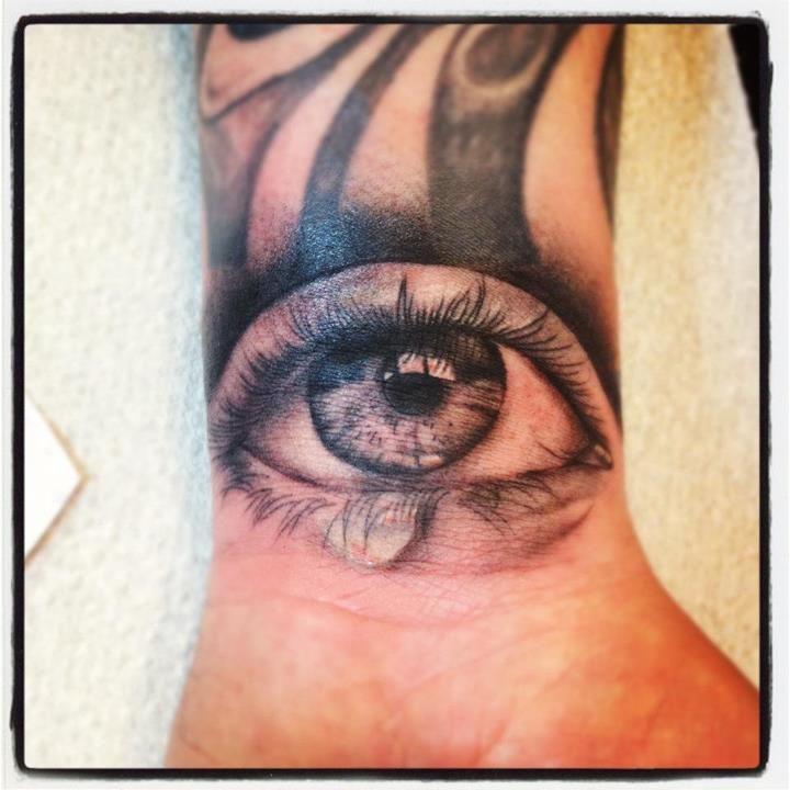 uber realistic eye done by aimee cornwell