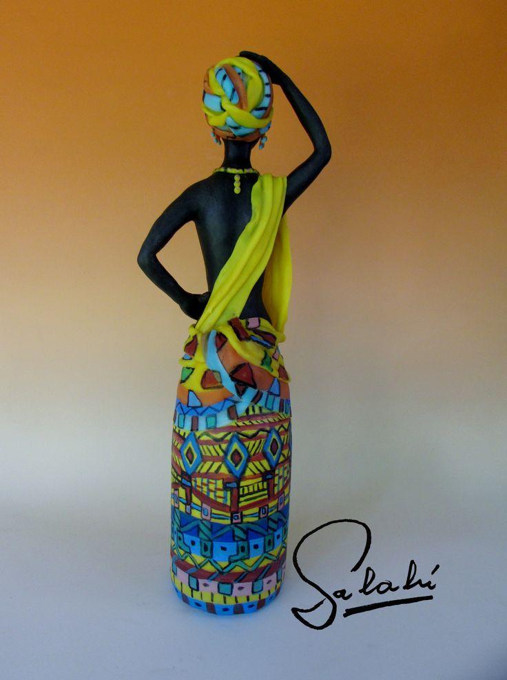 Africana. www.floressalahi.cl