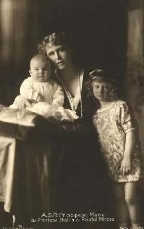 Crown Princess Marie with her two youngest children, Prince Mircea (left) and Princess Ileana. Both children are believed by most historians to be the children of Marie's lover, Prince Barbu Stirbey.
