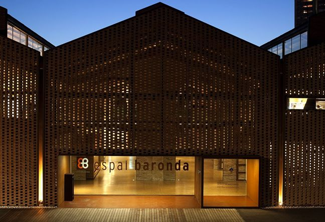 http://www.lightpublic.com/wp-content/uploads/2013/05/Green-Architecture-Future-Factory-Designs.jpg