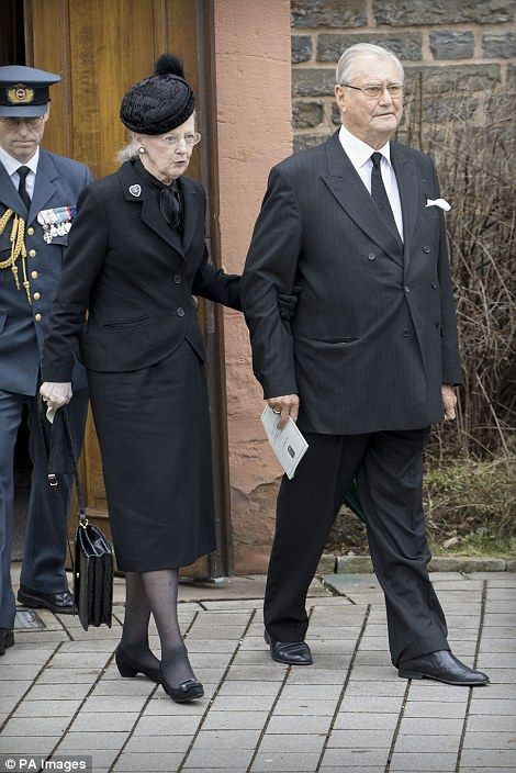 dailymail:  Funeral of Prince Richard zu Sayn-Wittgenstein-Berleburg, March 21, 2017-Queen Margrethe and Prince Henrik