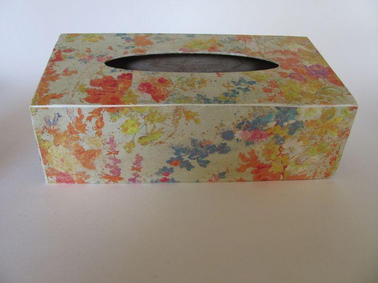 Кутия за кърпички Пастел