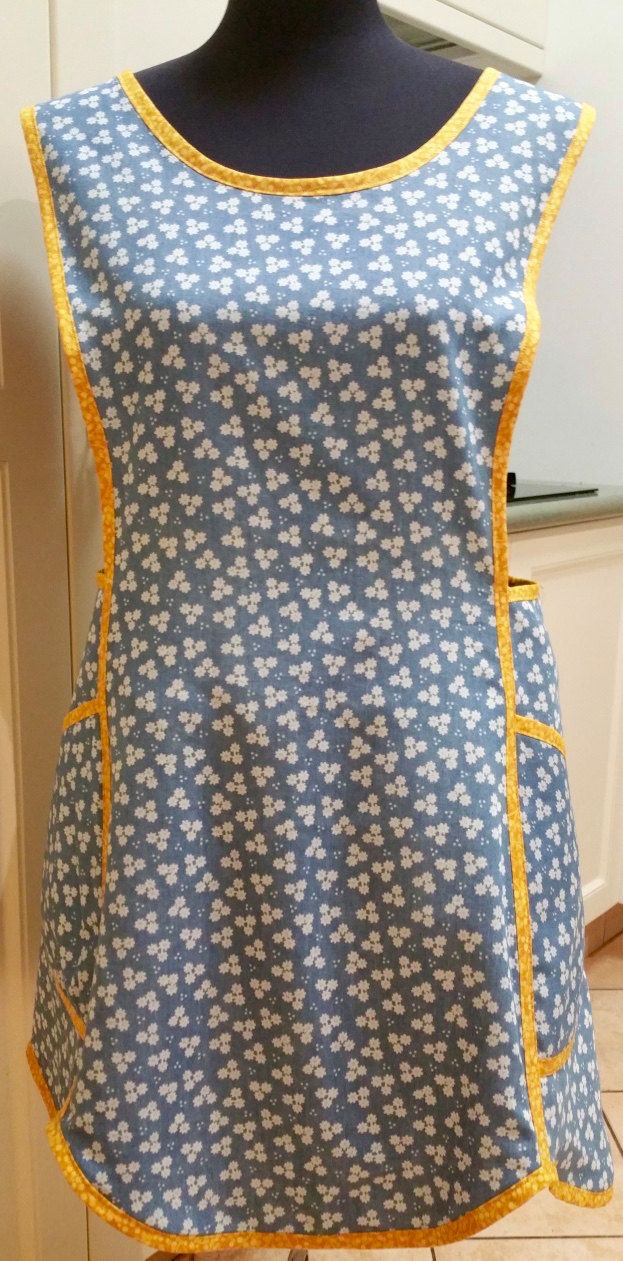 Market Days ladies apron by ALollyCreation on Etsy