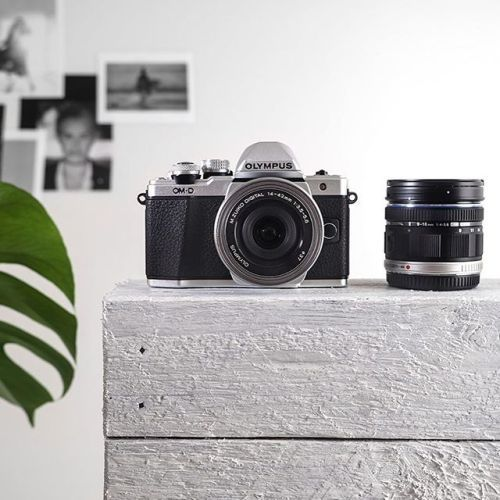 Víte že nyní můžete na vybrané fotoaparáty a objektivy Olympus získat zpětný bonus až 2.700 Kč! Více na http://ift.tt/2sPfU4k #olympus #mujolympus #olympusomd #mzuiko #promotion #cashback via Olympus on Instagram - #photographer #photography #photo #instapic #instagram #photofreak #photolover #nikon #canon #leica #hasselblad #polaroid #shutterbug #camera #dslr #visualarts #inspiration #artistic #creative #creativity
