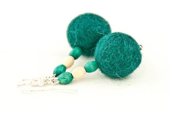 Green felt beaded earrings by DevikaFelt on Etsy, €9.00