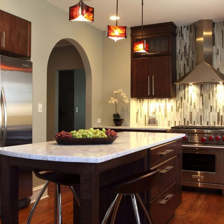 Best 20 Small Kitchen Makeovers Ideas On Pinterest: 25+ Best Ideas About Small Kitchen Makeovers On Pinterest