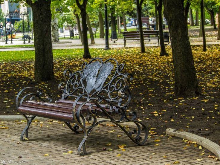http://ru.esosedi.org/RU/CR/1000485804/park_kovannyih_figur/  Парк кованных фигур – #Россия #Полуостров_Крым #Симферополь (#RU_CR) Очень приятное место и для фото и для отдыха от осмотра города. Много интересных кованных скульптур