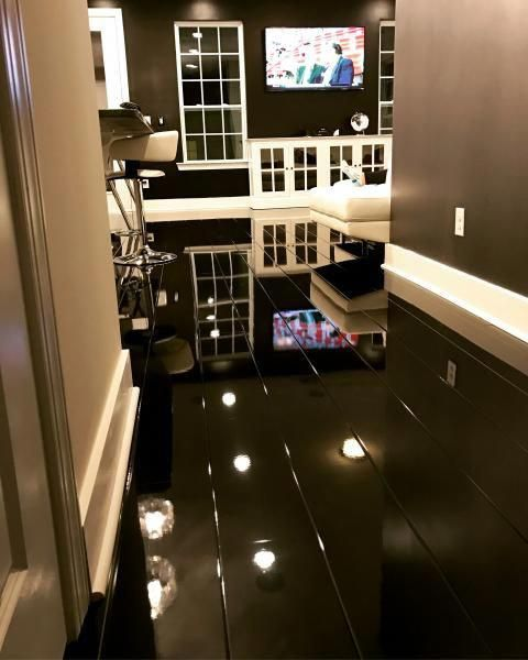 Elesgo Super Gloss Black 772315, Elesgo High Gloss Laminate Flooring