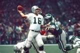 Super Bowl XV Oakland Raiders 27 Philadelphia Eagles 10 Jan. 25, 1981 Louisiana Superdome New Orleans, Louisiana MVP: Jim Plunkett, QB, Oakland