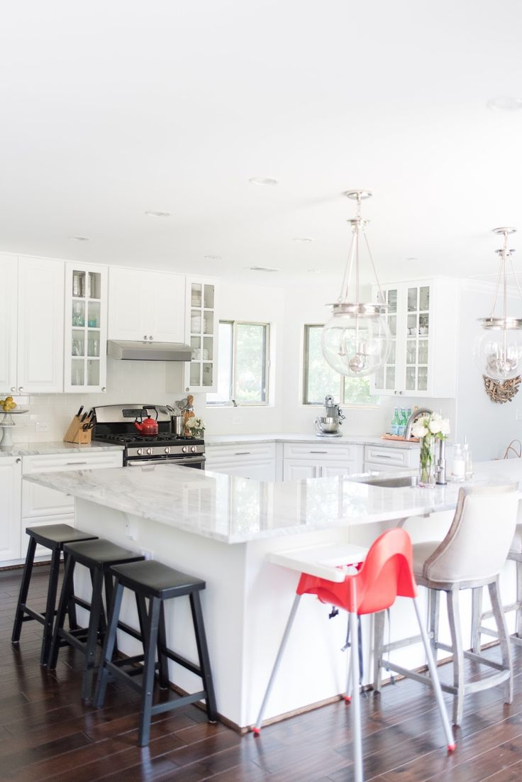 The granite gurus whiteout wednesday 5 white kitchens with super - A Year With White Counter Tops White Counterskitchen Countertopswhite Granitebeautiful Kitchensthe