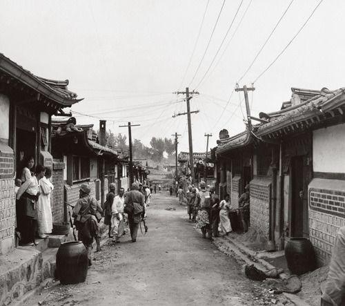 [리뷰] 1950 0625 한국전쟁 사진집 - 가슴아픈 역사의 흔적들 :: 종로에서시가전미해병