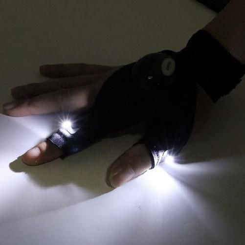 Description: LED Glove Flashlight Right or Left Glove $9.99 Right & Left Glove $14.99 LED Glove Flashlight can be worn on either hands, more convenient than traditional flashlights & simple to use.   Features:  Easy turn on and off  Waterproof glove  Outdoor activities essential equipment  Comfortable stretched neoprene material, with position adjustable strap  Great tool when fishing and/or repairing in dark places Options: left and/or right hand gloves Power: 2 x Button Batteries…