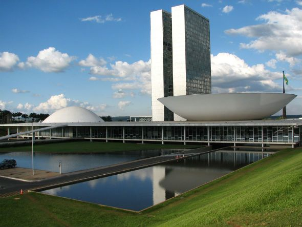 Sergipe.. 14º em desenvolvimento do Brasil!!    Leiam o estudo da FGV