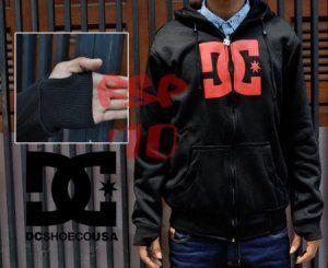 sweater dc black text Red (tangan aril)  harga eceran : Rp. 145.000 (1 -2 pcs) harga grosir Rp 125.000 (3 pcs atau lebih) belum termasuk ongkir Sweater dc black (tangan aril) by Grosir Denim:  Bahan Fleese  sweter Ukuran All Size (Setara M  L) Panjang 66cm, Lebar 55cm, Panjang Lengan 57cm sweater dc black text red (tangan aril)(2)     Pemesanan via SMS format sebagai berikut:  Nama | Alamat Lengkap | Produk Yang Dipesan | Jumlah Pesanan  kirim ke 085701111960