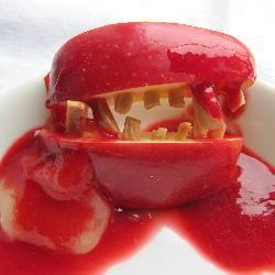 Dents de vampire sanguinolentes sur bave de crapaud pour Halloween @ allrecipes.fr