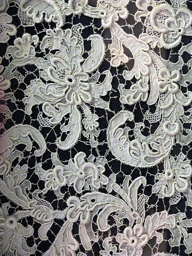 https://flic.kr/p/4UHthV | Whitworth Gallery, needle lace, 2 | Whitworth Gallery.  Detail of a piece of needle lace....unbelievably gorgeous!