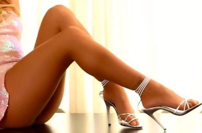 Pantyhose and high heel pics amusing