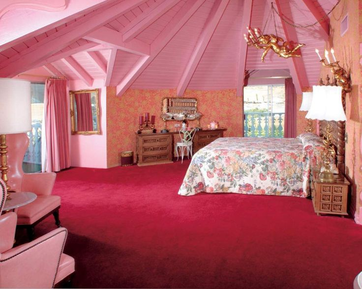 Lovely-Interior-Design-For-Attic-Bedrooms-(11)
