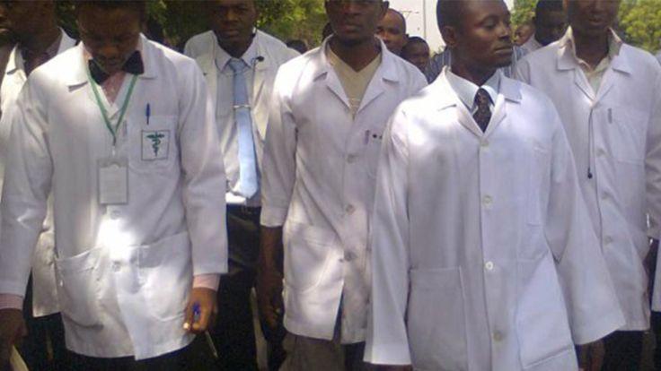 Nijerya'da doktorlar süresiz greve gitme kararı aldı