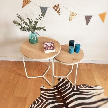 Olympe, les tables gigognes scandinaves en bois et métal par Chouette Fabrique