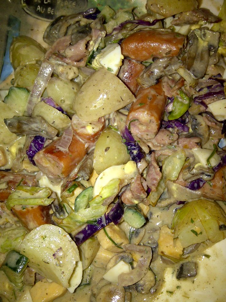 This is my breakfast salad i made. Beacon, sausages, egg, tomato, mushrooms, cabbage, lettuce, baby potato, seeds, feta, cucumber, onion what ever you like. With Salad dressing. Was a winner.