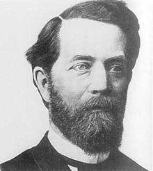 Felix Christian Klein è stato un matematico tedesco. È conosciuto soprattutto per i suoi contributi alla geometria non euclidea, ai collegamenti tra geometria e teoria dei gruppi e per alcuni risultati sulla teoria delle funzioni. Si ricorda anche per essere stato il primo descrittore della figura geometrica dell'iperspazio nota come Bottiglia di Klein. Operò una classificazione delle geometrie in: a curvatura nulla, positiva e negativa.