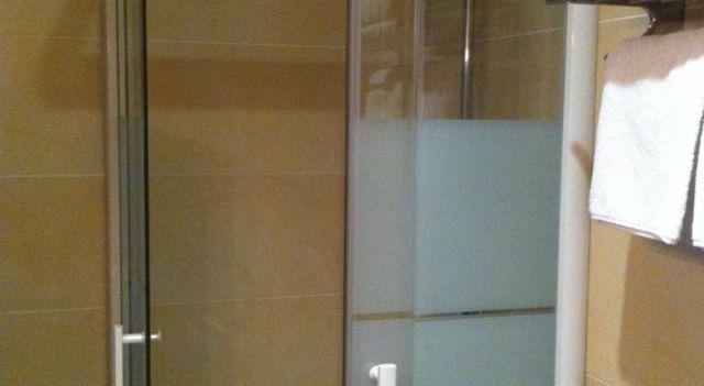 Hôtel Le Belvédère - 2 Star #Hotel - $62 - #Hotels #France #Arles http://www.justigo.co.il/hotels/france/arles/le-belvedere-arles_73848.html
