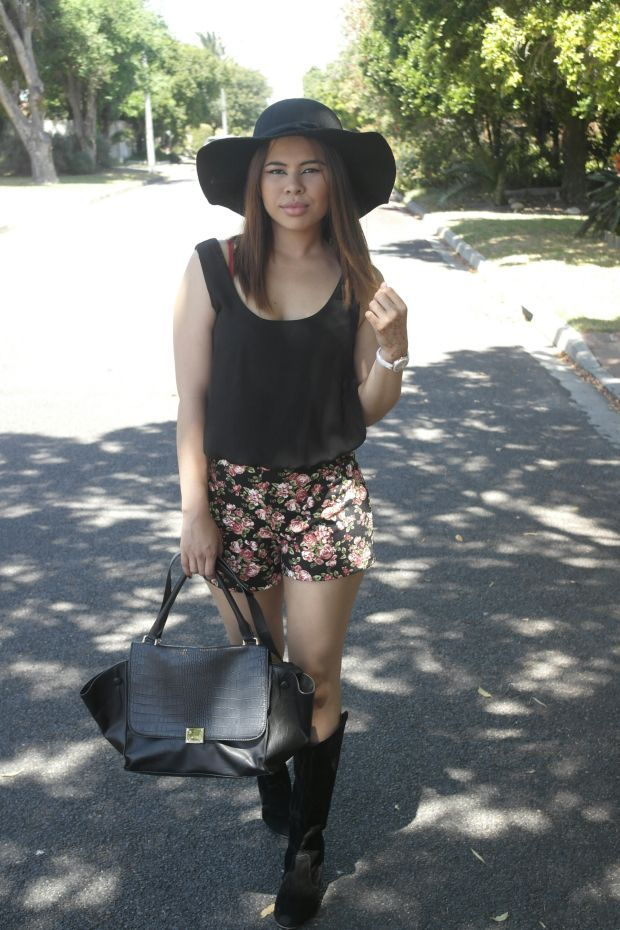 Floppy hat and floral romper