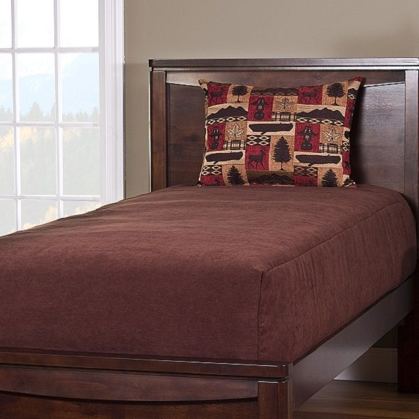 Rich deluxe solid color bed cap comforters pair with lodge type prints to make a wonderful bedding for your rustic lodge or mountain home! Solid color bedding is so versatile.