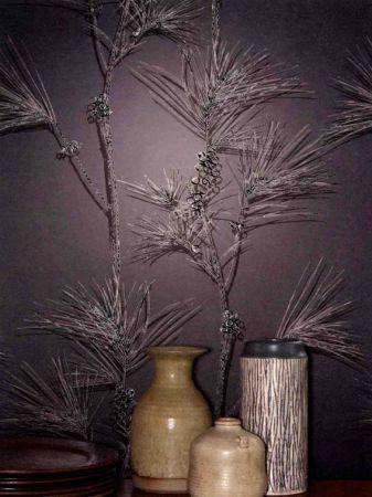 Cole & Son pine branch, magenta