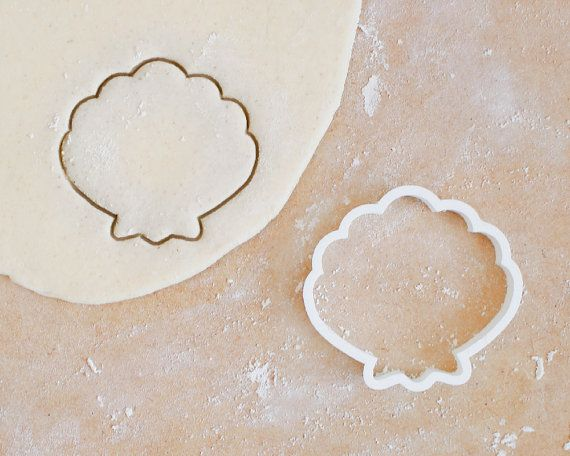 Clam Shell Cookie Cutter Different Sizes Animal by RochaixCo
