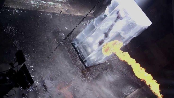 Let the Games Begin - Making Of  #Redbull Trailer #Fany Smith  für Olympia 2014 #Icebox #Icecube 1m x 1m x 2.3m, 1,7 Tonnen Eis.  Aufbau der icebox. Kunde: Get Some Popcorn www.gsp.tv Mehr infos zu unseren Tätigkeiten: www.eisskulpturen.ch