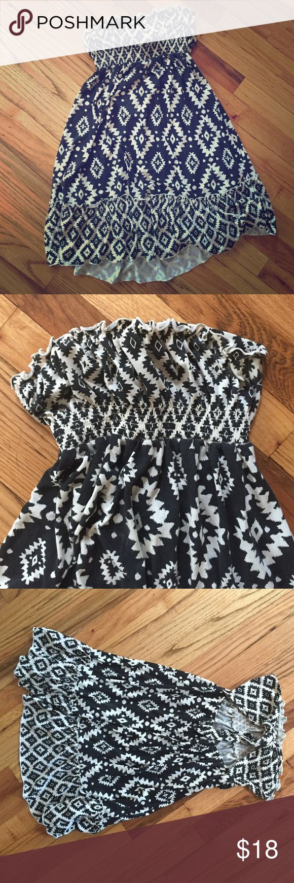 Aztec summer dress and/or tunic Size small could be worn as dress alone or over leggings. Dresses Strapless