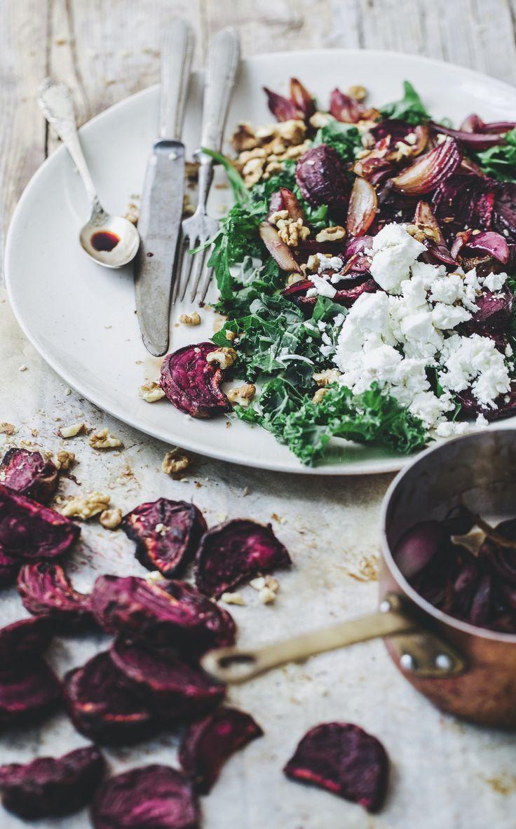 Kale salad with caramelised onions.
