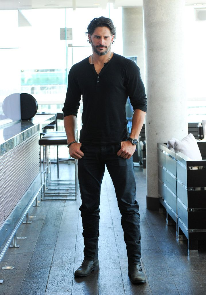 Joe Manganiello-- big and beautiful ....wow, what I could do with that for a couple of days,weeks,months..... :)