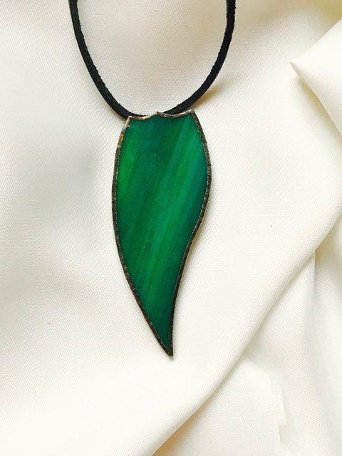 Handgemaakte exclusieve groene glazen hanger gemaakt van Tiffany glas door BeautifullSieraden op Etsy