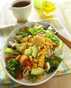 Lovin' this flavor combo --> Spicy Roasted Corn, Chicken and Avocado Salad #fresh #healthy #summer