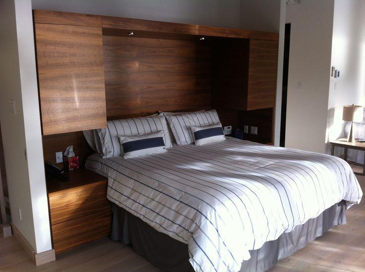 t te de lit avec table de chevet et rangement int gr en placage de noyer noir a faire d. Black Bedroom Furniture Sets. Home Design Ideas