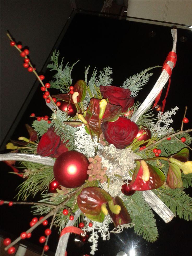 rood groen met anthuriums en rozen bovenzijde  2016